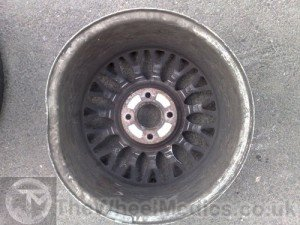Ford Bent & Buckled Alloy. Before Alloy Wheel Straightening. The Wheel Medics London