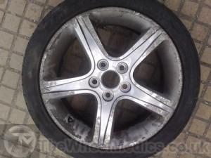 001. Lexus IS200. Before- Kerbing & Severe Corrosion